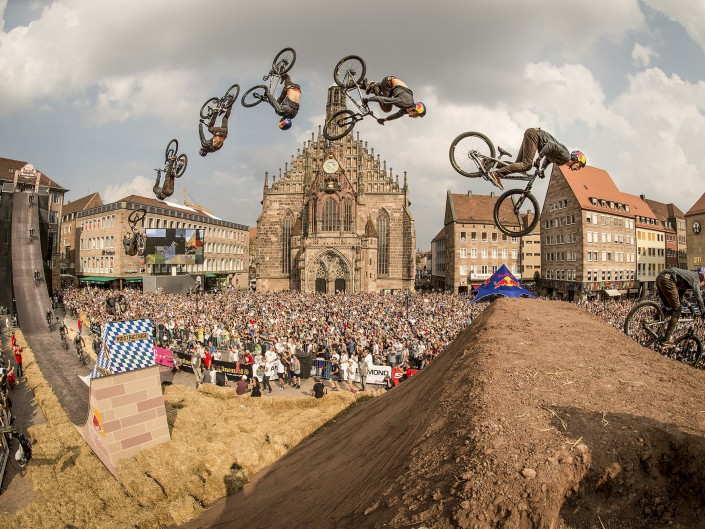 Brandon Semenuk | Red Bull District Ride