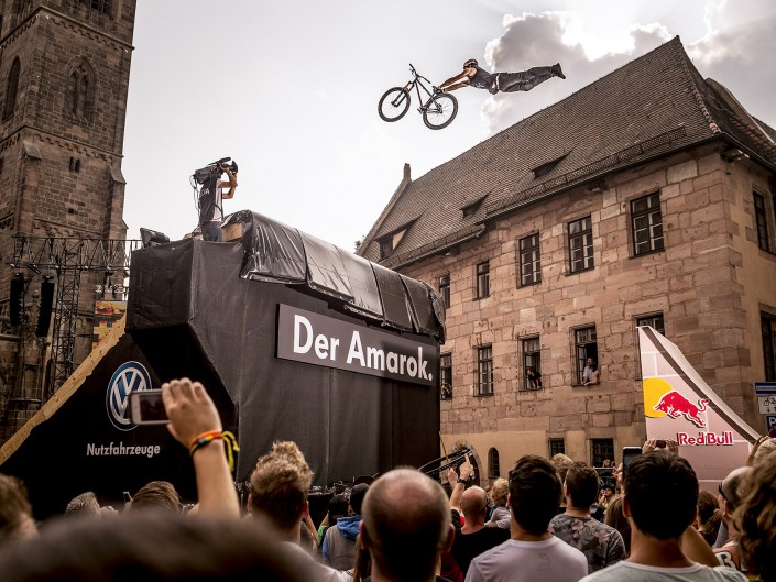 Szymon Godziek | Red Bull District Ride